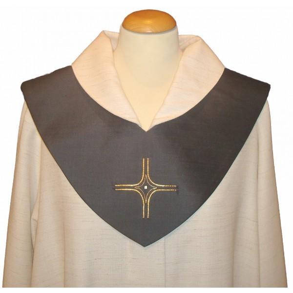 graues Scapulier bestickt mit Kreuz und Perle