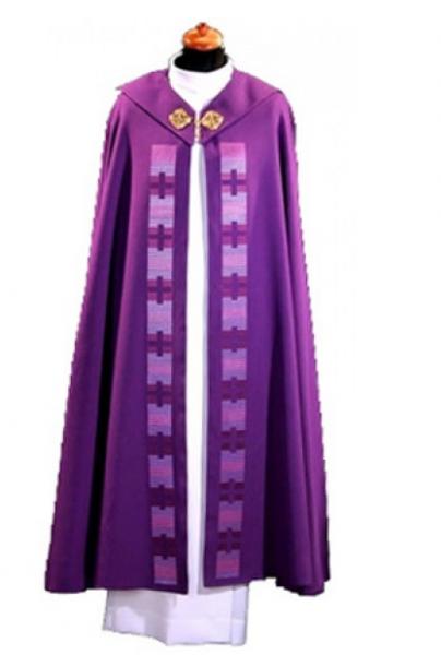 violetter Rauchmantel mit Kreuzstäben und Cappa - Vorderteil