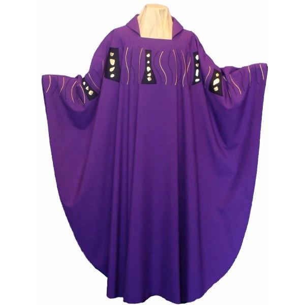Messgewand - violett mit Schulterbestickung - Vorderteil