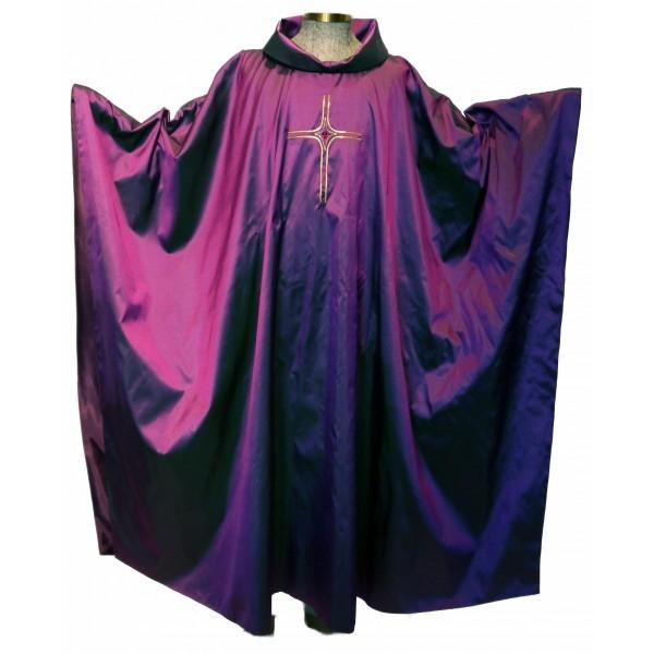 violettes Seidengewand mit Japangoldkreuz und Perle