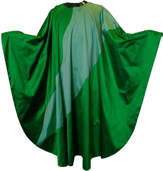 Seidengewand in grün mit hellerem Einsatz