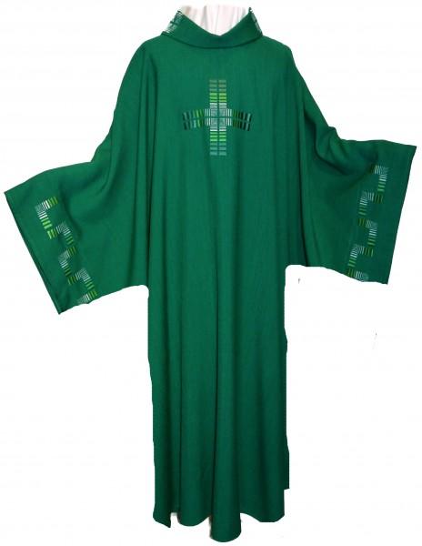 Dalmatik - grün mit Kreuz und Ärmelbestickung - Vorderteil