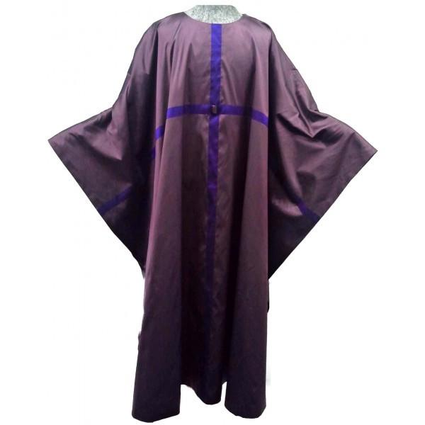 violettes Messgewand aus Seide mit durchlaufendem Kreuz II