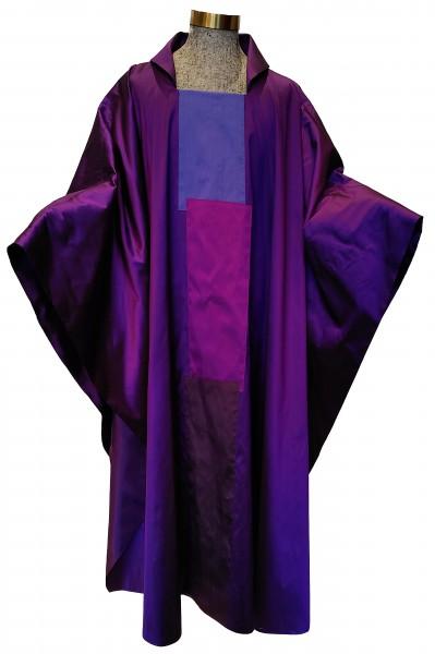 Messgewand - violett mit 3-teiligem Mittelstab aus Seide - Vorderteil