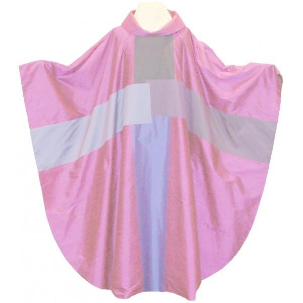 Seidenkasel - rosafarben mit 4-teiligem Kreuz