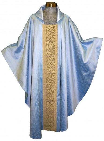 Mariengewand - hellblau aus Seide
