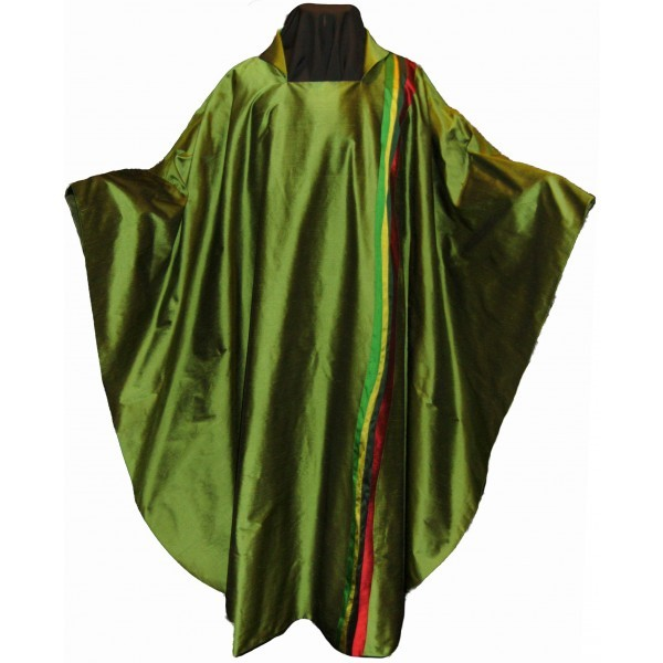 Seidenkasel - grün, ausgefallen mit Wellenstreifen - Vorderteil