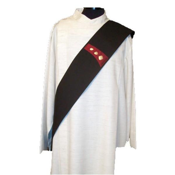 schwarze Diakonstola - handbestickt - Vorderteil